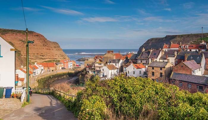 Le village portuaire de Staithes dans le North Yorkshire